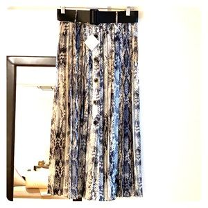 Zara New with tags printed snakeskin boot skirt